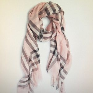 Burberry Giant Check Wool & Silk scarf